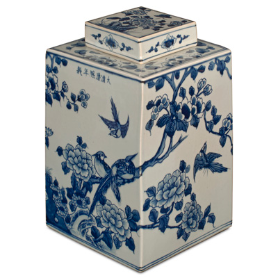 Blue and White Porcelain Flower and Birds Chinese Tea Jar