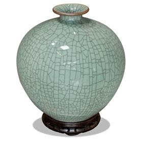 Light Blue Crackle Porcelain Oriental Ming Vase