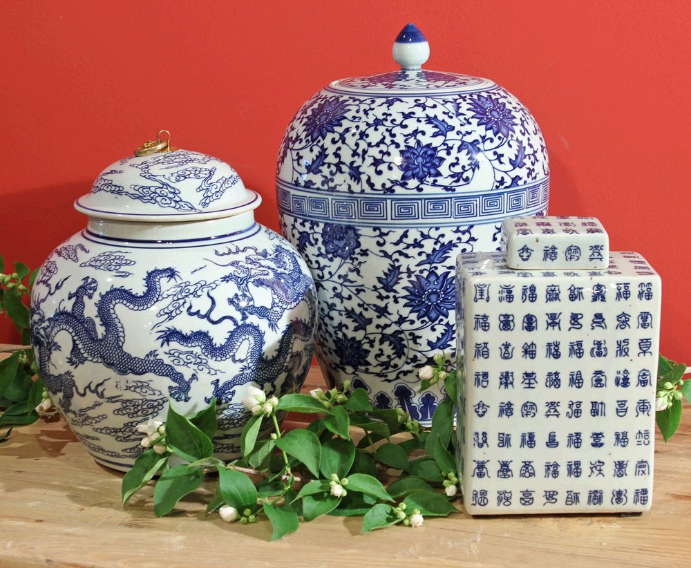 chinoiserie blue and white decor
