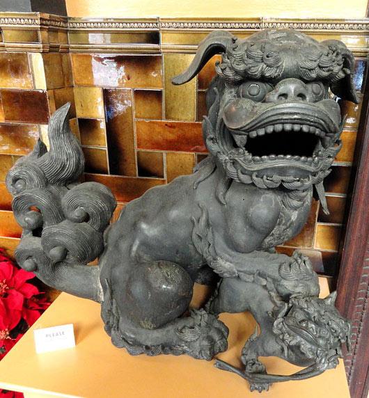 Female Fu Dog Statue with Paw on Cub