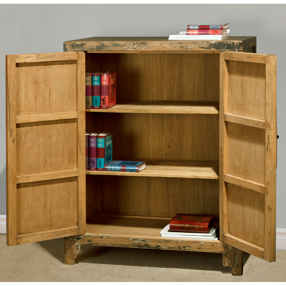 Elmwood Ming 2-Door Cabinet