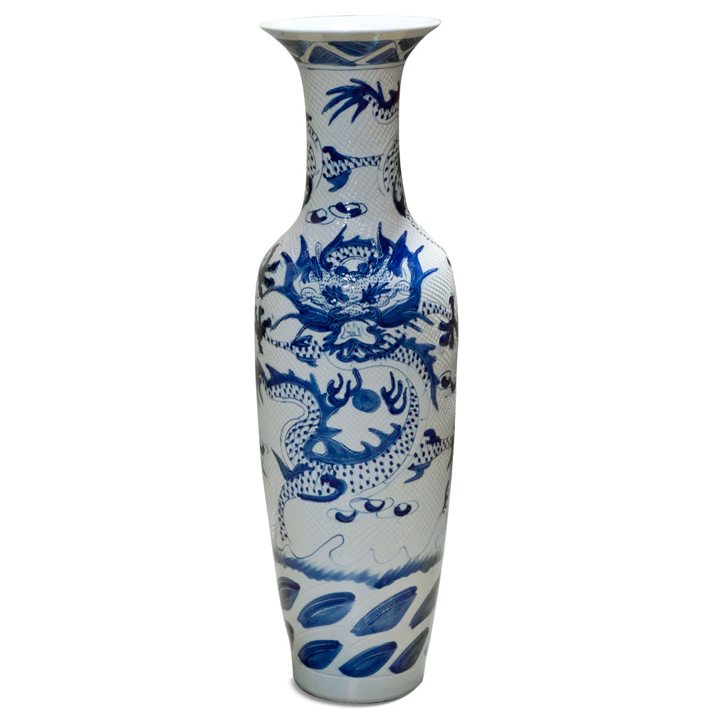 Jingdezhen Blue and White Porcelain Vase with Imperial Dragon
