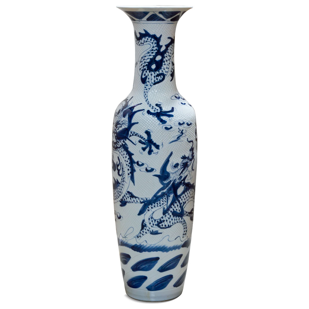Jingdezhen Blue and White Porcelain Vase with Imperial Dragons