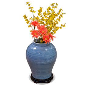 Lightly Brushed Porcelain Blue Qing Vase