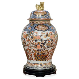 Famille Rose Chinese Imperial Palace Jar